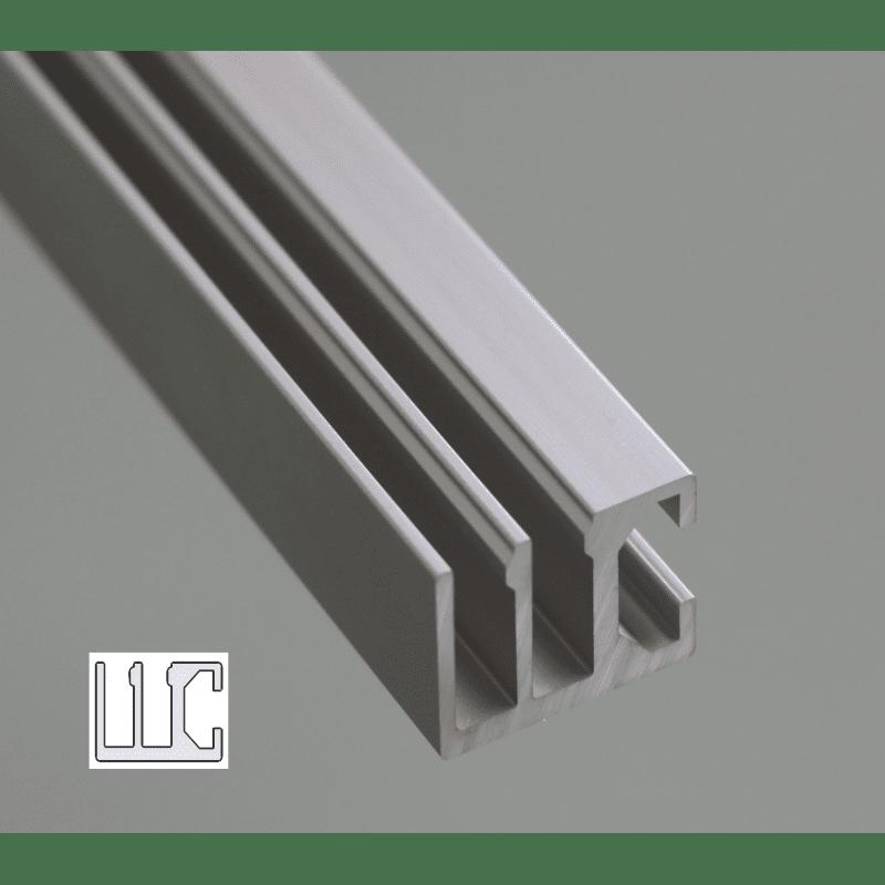 Rail à fente de 8 mm  pour panneaux coulissants- 2 rangées