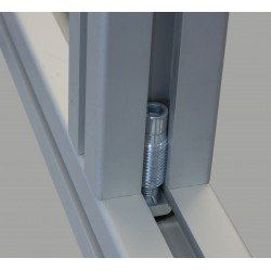Automatic fastener for 10 mm slotted profiles
